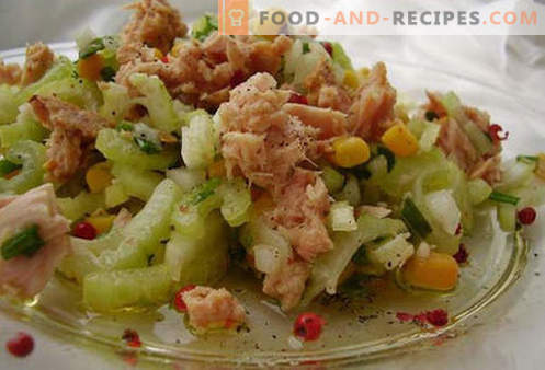 Canned Tuna Salad - Proven Recipes. How to cook a salad of canned tuna.