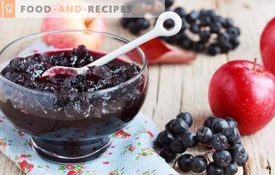 Black chokeberry jelly: a healthy dessert and a supply of vitamins for the winter. Variants of chokeberry with gelatin and without