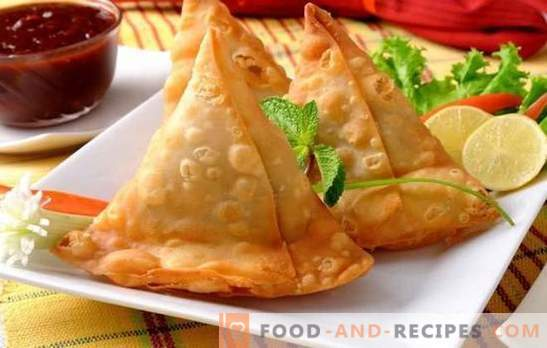Samsa with minced meat - satisfying and tasty. How to bake samsa with minced meat from finished or homemade puff pastry, with onions, pumpkin, potatoes, eggs