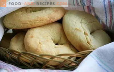The dough on sour cream amazes with its tenderness! The best recipes of sour cream dough for buns, cookies, pies, pizza, bagels