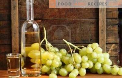 Homemade chacha from grapes - simple recipes. Cooking crystal clear chacha from grapes at home
