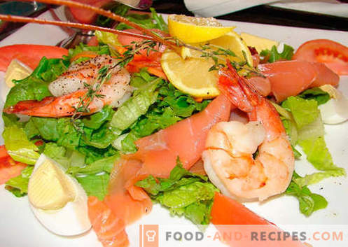 Salad with shrimps and salmon - the right recipes. Quick and tasty cooking salad with shrimp and salmon.