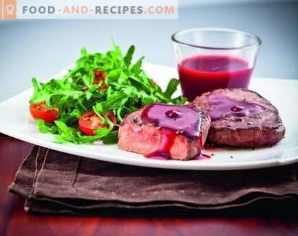 Lingonberry sauce - the best recipes. How to properly and tasty cook cranberry sauce.