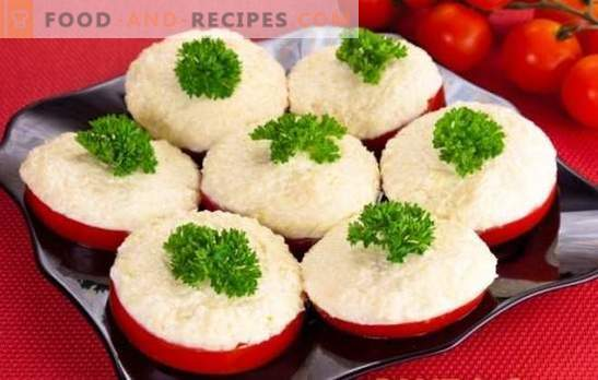 Tomatoes with garlic - two raw materials for hundreds of dishes. A selection of the most delicious garlic tomato appetizers with detailed recipes