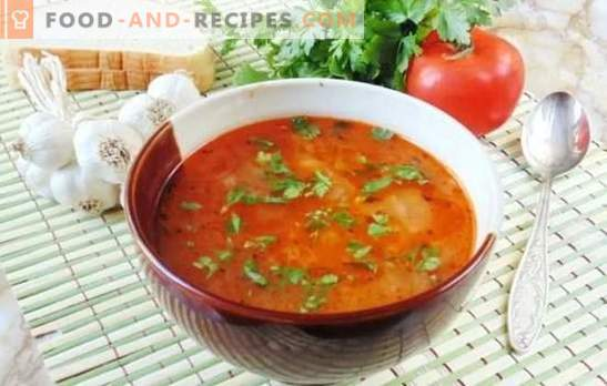 Lenten soup Kharcho - tasty and without meat! Recipes flavored lean soup kharcho with rice, tomatoes, adjika, basil, nuts