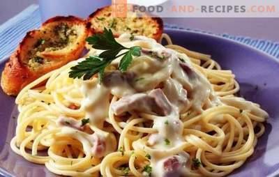 Pasta carbonara with ham and cream - buon appetito! Italian pasta recipes carbonara with ham and cream