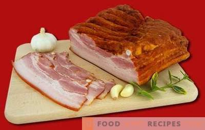 Smoked brisket is a natural product at home. Proven recipes with smoked bacon