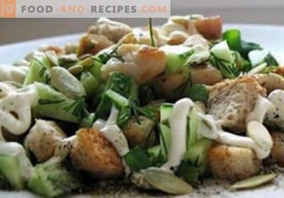 Salad with kirieshkami - proven recipes. How to properly and tasty cooked salad with kirieshkami.