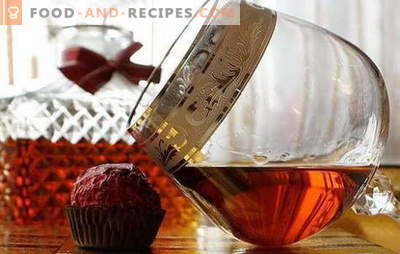 Cognac from moonshine at home - the French bite their elbows! Available cognac recipes from moonshine at home