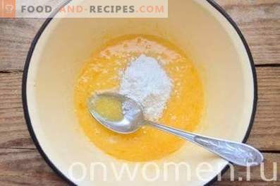 Custard with Sour Cream