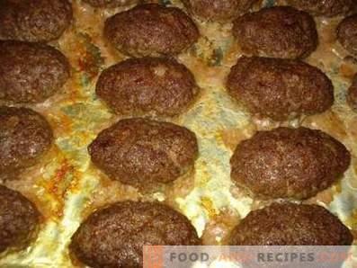 Beef patties in the oven