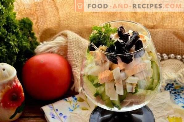 Ladies Caprice Salad with Chicken and Prunes