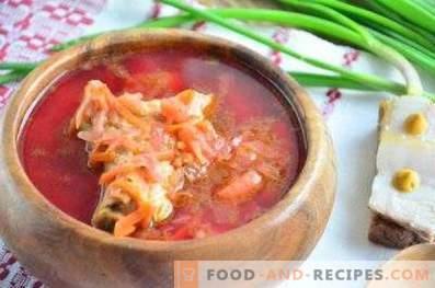 Borsch with pork