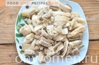 Frittata with cauliflower and mushrooms