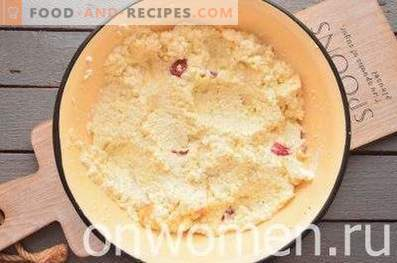 Cottage Cheese Casserole with Apples and Semolina