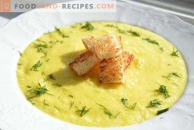 Soup of zucchini and potatoes puree
