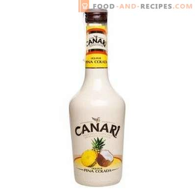 How to drink Pina Colada liqueur