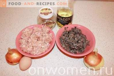 Minced meat patties with mushrooms