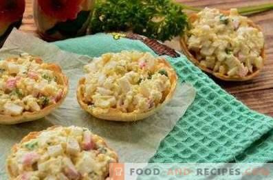 Tartlets with crab sticks