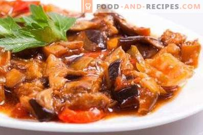Eggplant stewed with tomatoes