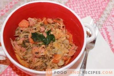 Cabbage stewed with sausage