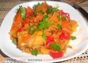 Hake stewed with vegetables