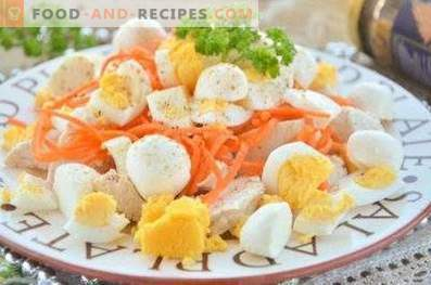 Salads with Korean carrots and chicken