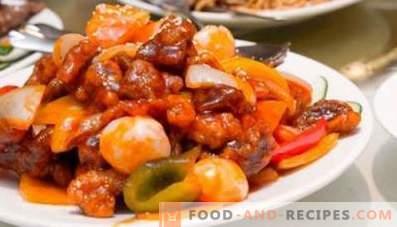 Pork stewed with vegetables
