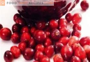 Lingonberry in syrup for the winter