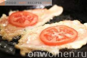 Chicken fillet chops with tomatoes