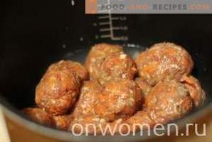 Mutton meatballs in a slow cooker