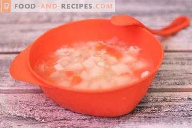 Diet chicken soup in a slow cooker