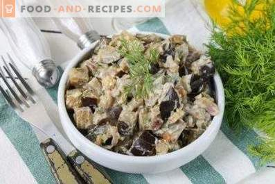 Eggplant stewed in sour cream