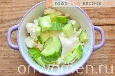 Curd Dip with Cucumber and Herbs