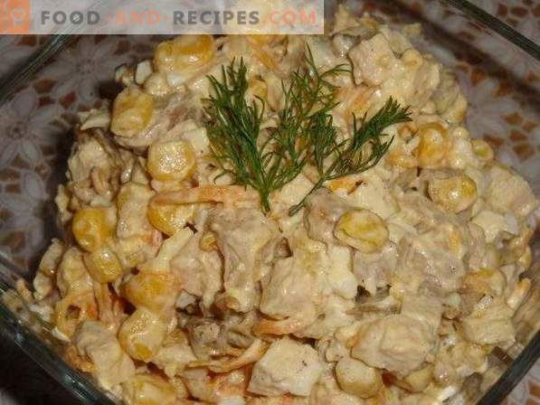Salad with Chicken, Mushrooms and Corn