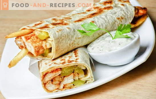 Shawarma in pita - we regulate caloric content independently. Prepare shawarma in pita in the home kitchen: surprise your family!