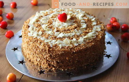 The most delicious honey cake at home. Variants of honey cake at home with a delicate cream and filling