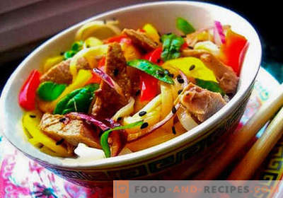 Thai salad - five best recipes. How to properly and tasty Thai salad to cook.
