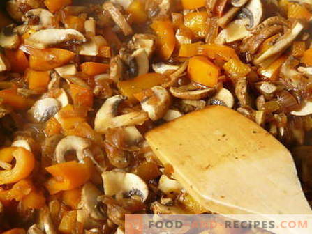 Stewed mushrooms - the best recipes. How to cook stewed mushrooms and tasty.