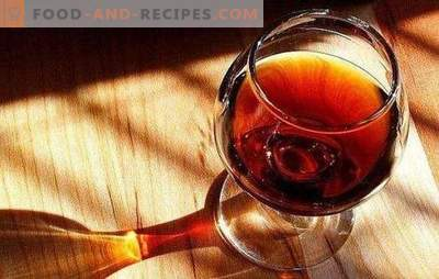 Homemade cognac from prunes is an elite drink. Variants of homemade brandy from prunes with spices, honey, on oak bark