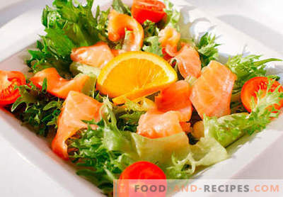 Salad with salted salmon - the right recipes. Quickly and tasty cooked salad with lightly salted salmon.