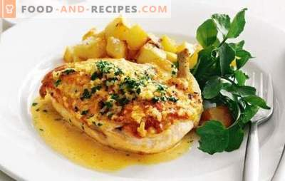 Chicken with potatoes, garlic and mayonnaise - for a family dinner! Cooking whole and parts chicken with potatoes, garlic and mayonnaise