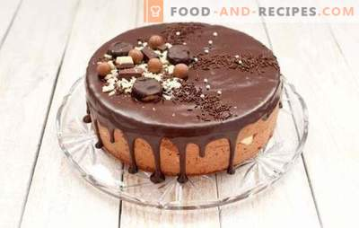 Brownie cake is all chocolate. Simple Brownie cake recipes: with cherries, honey, nuts, prunes, in an oven and a slow cooker