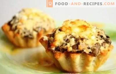 Julienne in tartlets is both tasty and beautiful! Recipes Julienne in tartlets with mushrooms and chicken, cheese, bacon and other