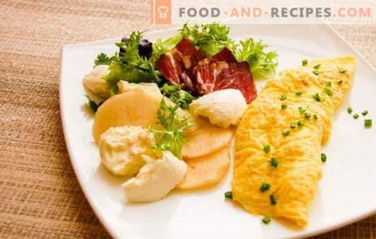 French omelette - extraordinarily juicy! Delicious French omelets according to the classic recipe and with fillings