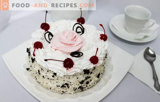 Cake with whipped cream - bliss on the palate. Recipes for cakes with whipped cream: biscuit, honey, chocolate, fruit