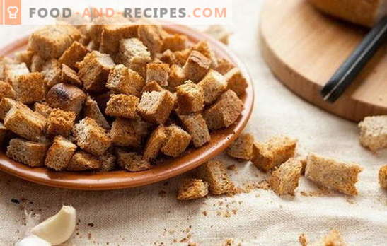 Croutons at home: salted, with garlic, for beer, with cheese. Recipes of homemade croutons from white and black bread without chemistry