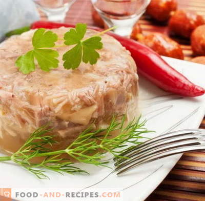 Filler of chicken - the best recipes. How to properly and tasty cook jellied chicken.