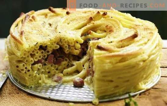 Pasta casserole with sausage is a quick lunch option. A selection of recipes casserole of pasta with sausage