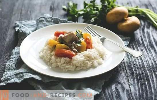 Turkey fricassee - succulent meat. Cooking turkey fricassee with mushrooms and vegetables, with sour cream, cream and white wine.